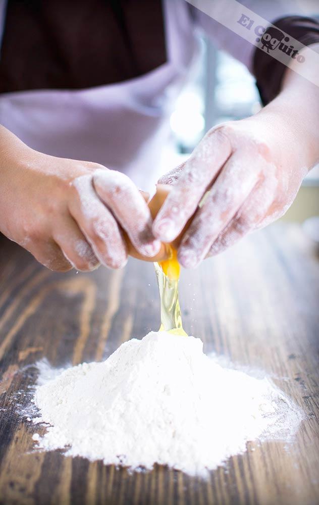 Elaboración perfecta ©panadería y pastelería El Coquito