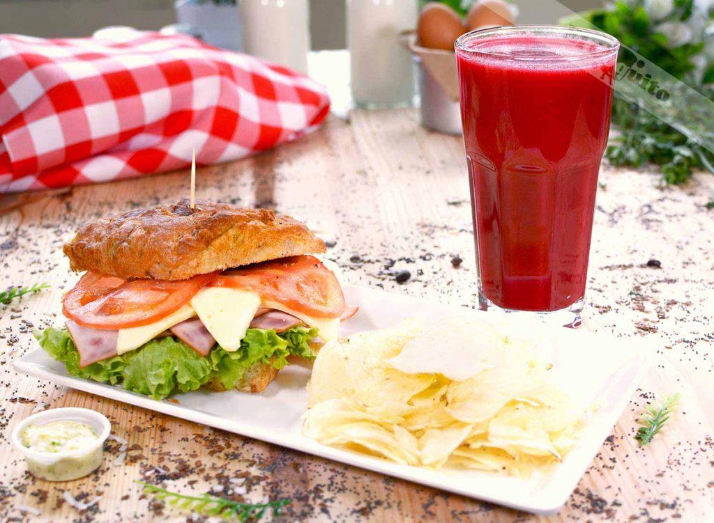 Sandwich ©panadería El Coquito